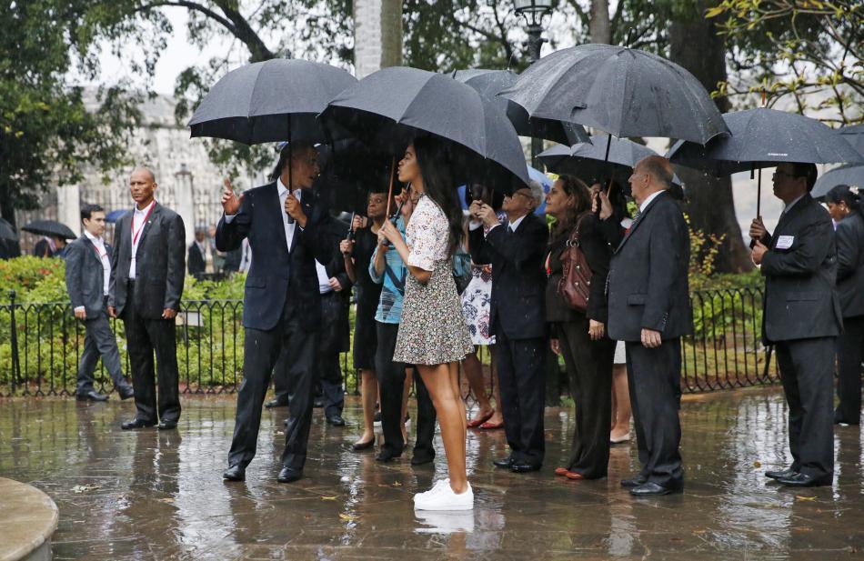 Obama s rodinou na prohlídce Havany