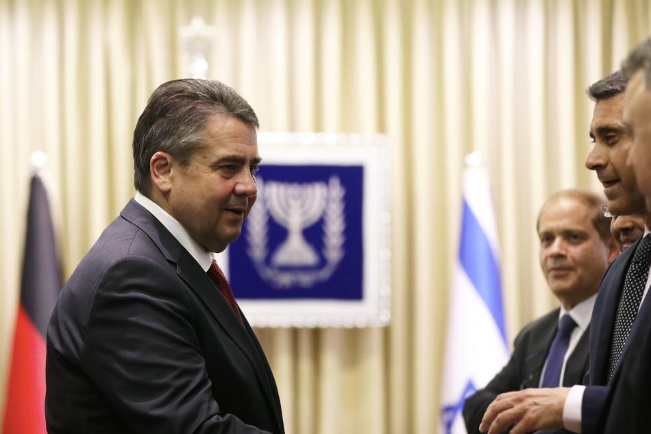 Sigmar Gabriel během návštěvy Izraele