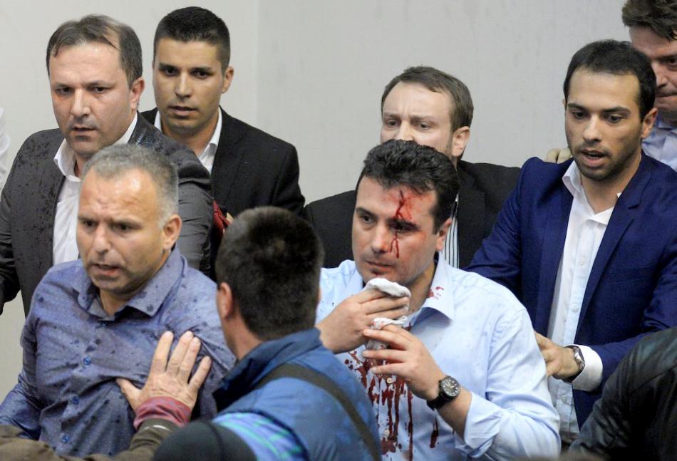 Střety v Makedonském parlamentu