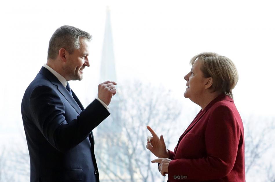 Slovenský premiér Peter Pellegrini a německá kancléřka Angela Merkelová